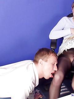 Nasty secretary in black pantyhose savoring muffmunching and tittylicking