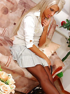 Blondie teasing lover with new patterned pantyhose aching for hot quickie