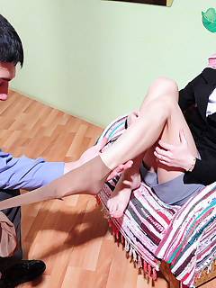 Heated secretary in dark pantyhose approaching a guy for wild cockriding