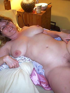 Sexy amateur wives fucking hard
