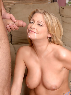 Aniloscom  Freshest mature women on the net featuring Anilos Lya Pink anilos pussy