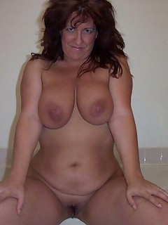 This milf is getting dirty cause they do not have a day job Big and juicy milf tits