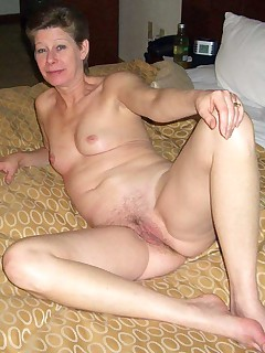 Sexy mature women in some stockings Still looking good at that age