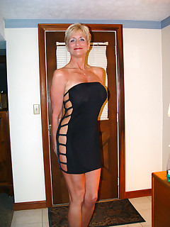 Look at how sexy these mature milfs are They love showing off their old bodies so everyone can see their love holes