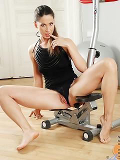 Aniloscom  Freshest mature women on the net featuring Anilos Pepper lady mature