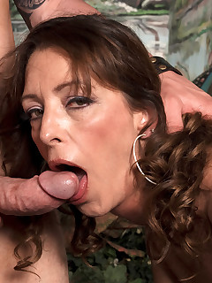 This Is What A Smalltown Milf Does For Fun Blowjob Cumshot