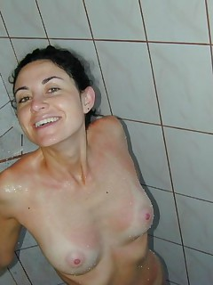 Nice brunette amateur housewife shows her sexy body