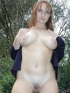 Bigtittied naughty MILF posing naked