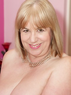 Hi Guys I was feeling really Horny in my sexy pink underwear and new Pink Slingbacks so I was ready for a Hot Photoshoot I wasted no time in seductively stripping and I think the photographer was starting to get excited Speedybee   xxx