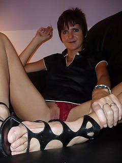 Dressing up in my sexy shoesrealxing with a smoke and pleasing my man mmmmmm