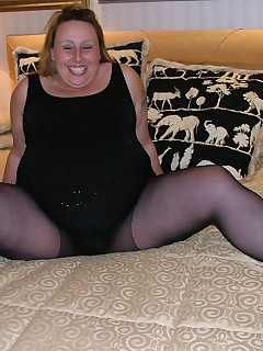 When one of my members told me my belly wasnt big enough i was flattered and amazed  Here are the pics from when we finally met  Fun with tights  Not something i knew a great deal about and not even sure if its a recognised fetish but this is what happened