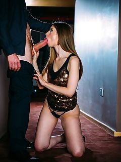Deep Throat Pro Stella Cox is a Certified Cum Swallower