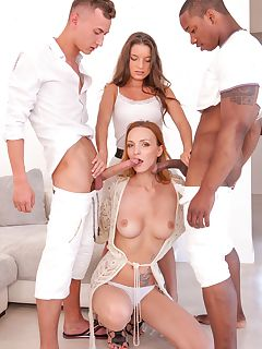 Belle Claire and Anita Bellini interracial orgy with DP