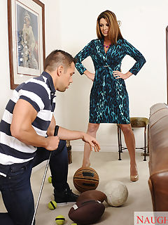 Raquel Devine is a horny cougar who wants to fuck a younger cock and have intense orgasm