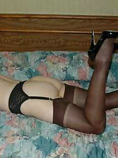 Playboy model Angel Wicky is the ultimate milf StockingsVR