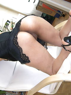 Kinky MILF gets banged by two guys
