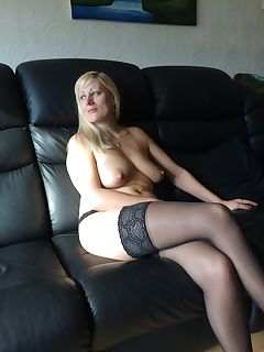 mom in stockings pics