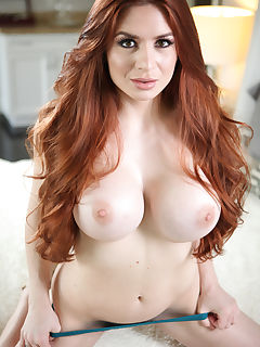Busty Veronica Vain Pounded With This Cock Then Jizzed