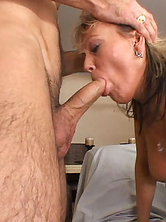 Nasty older babe gets her asshole pounded and her face blasted