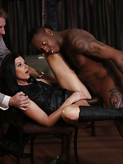 Carl seeks advice from a friend whorsquos frequently hired as a bull by other husbands that hot MILF India Summers even heads out to a bar to practice flirting with other men