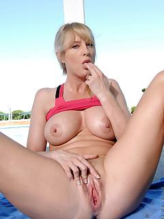 Aniloscom  Freshest mature women on the net featuring Anilos Bethany Sweet milf nude
