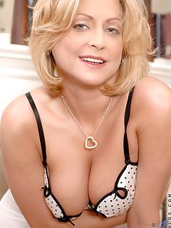 Aniloscom  Freshest mature women on the net featuring Anilos Lya Pink boob anilos