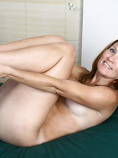 Aniloscom  Freshest mature women on the net featuring Anilos Crystal horny milf